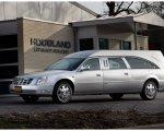 Cadillac Echelon zilver grijs.